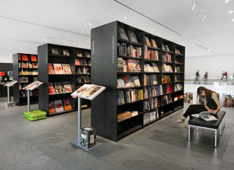 MoMA BOOK STORE