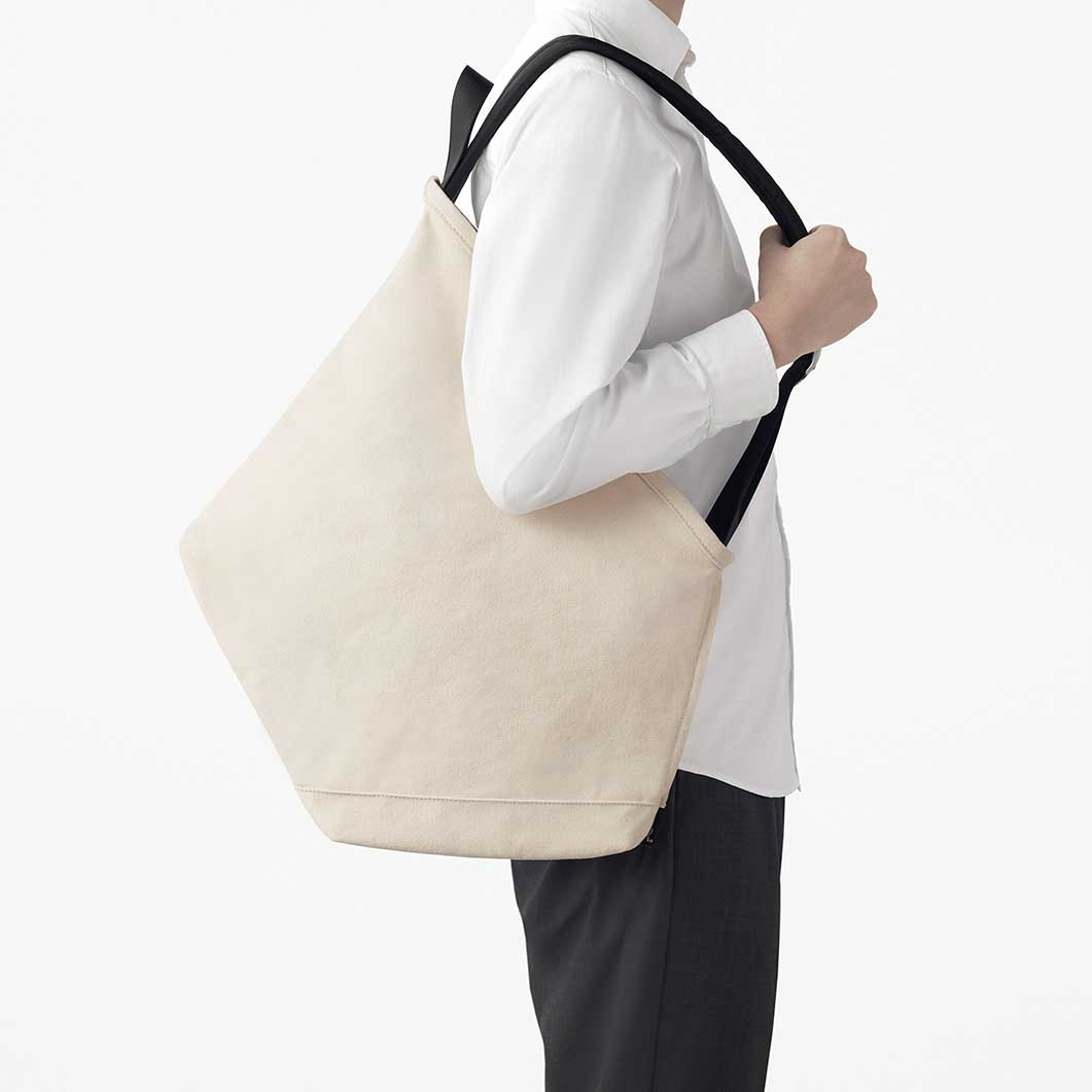 ruck−tote バッグ ブラック