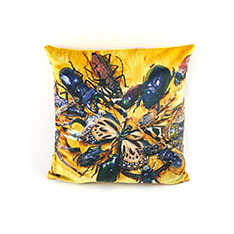 Seletti Wears Toiletpaper クッション Insectsの商品画像