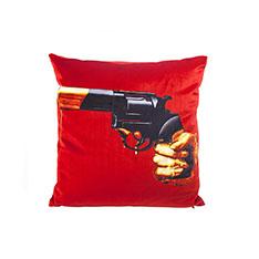 Seletti Wears Toiletpaper クッション Revolverの商品画像