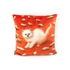 Seletti Wears Toiletpaper クッション Kittenの商品画像